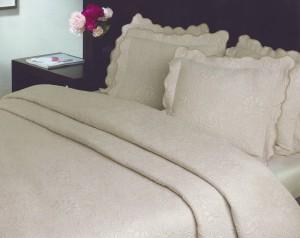 Tagesdecke Bettüberwurf Jacquard creme